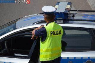 Tragiczne potrącenie rowerzystki w Baboszewie – kierowca zbiegł, ale został zatrzymany, kobieta zmarła.