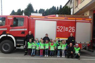 Najmłodsi uczniowie SP nr 2 poznali tajemnice strażaków