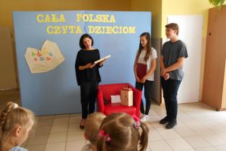 """Cecylia Steczkowska w Dębsku na zakończeniu akcji """"Cała Polska czyta dzieciom"""""""