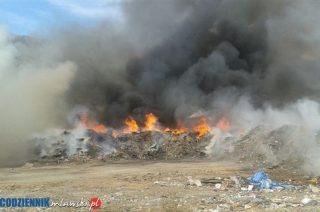 Rząd proponuje nowe przepisy o odpadach. Czy skończą się pożary wysypisk?