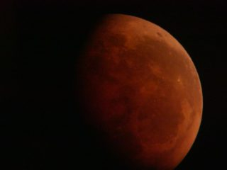 Nowe zdjęcia! Księżycowa galeria. Niezwykłe zdjęcia naszych Czytelników [Aktualizacja 31.07]