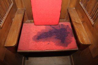 Płońsk. Wandal wylał atrament na kościelne zabytki