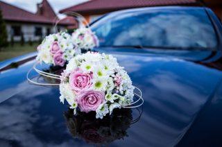 Przasnysz. Koperty z pieniędzmi nowożeńców ukradł ich własny kierowca