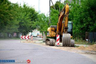 Wykonawca kanalizacji na Wólce zrywa umowę z miastem, ale wygrywa kolejny przetarg