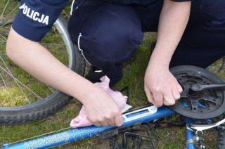 Stupsk. Policjanci oznakowali 18 rowerów