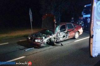 Wypadek pod Żurominkiem. Kierowca trafił do szpitala