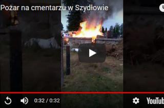 Pożar śmieci na cmentarzu. Zobacz video