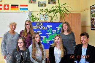 """Projekt eTwinning młodzieży I LO w Mławie nagrodzony """"Odznaką Jakości"""""""