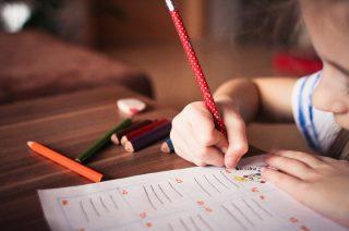 4,5 mln uczniów w 24 tys. placówek rozpocznie w poniedziałek nowy rok szkolny