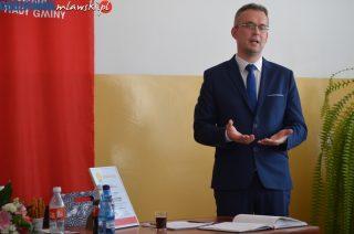 """Wójt Rafał Kuciński z tytułem """"Włodarz na medal"""""""