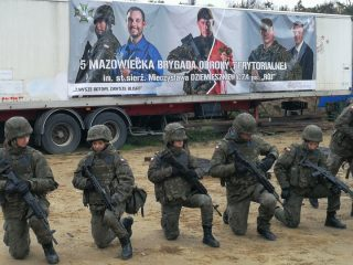 Specjalsi szkolą żołnierzy z Mazowsza