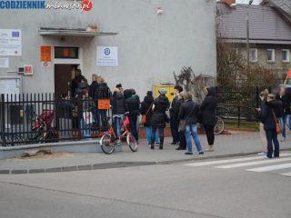Czarny protest trwa również w Mławie