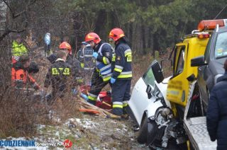 Poważny wypadek na krajowe siódemce koło skrzyżowania z Marszałkowską. Duże utrudnienia w ruchu