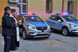 Dwa nowe Ople Mocca dla mławskich policjantów