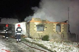Policja zatrzymała podejrzanych o podpalenie domu w Czaplicach Wielkich