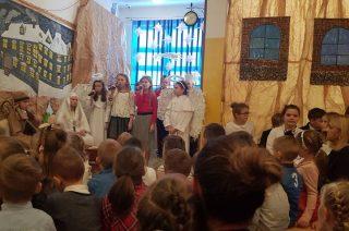 Szkolne jasełka, czyli jak to było z narodzinami Jezusa?