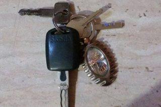 Pilnie poszukiwany znalazca kluczy z brelokiem św. Krzysztofa