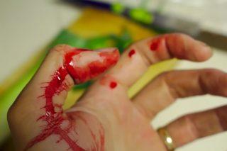 Ostra libacja na Świerkowej. Dźgnęła męża nożem