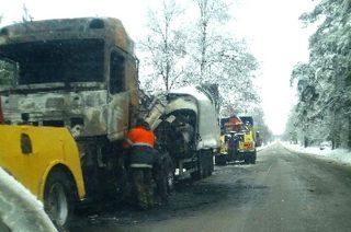 Na drodze za Szreńskiem spłonął ciągnik siodłowy