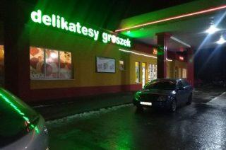 Fałszywy alarm o napadzie na stację benzynową w Szydłowie. Policja szuka zgłaszającego