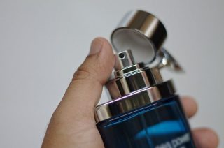 Dwukrotnie kradł drogie perfumy. Szuka go policja