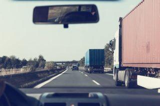 Załadował na ciężarówkę 500 telewizorów i ślad po nim zaginął