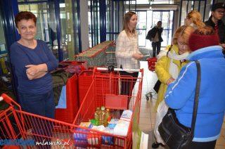Wolontariusze zebrali prawie 1100 kg produktów żywnościowych
