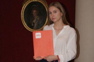 Julia Szczechowicz laureatką Konkursu Mazowieckiego Kuratora Oświaty