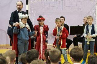 Spotkanie muzyczne w ZPO1 – Muzyczny czarodziej