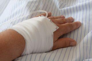 Wróblewo. Klapy wentylatora uszkodziły pracownikowi dłoń