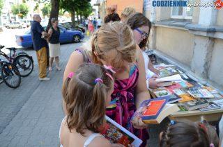 "Podaruj komuś książkę! Akcja ""Książka na Jana""!"