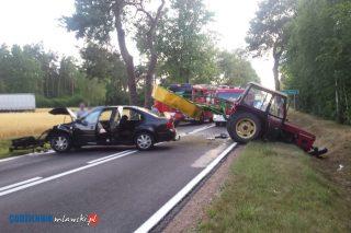 Zderzenie samochodu osobowego z ciągnikiem pod Pawłowem
