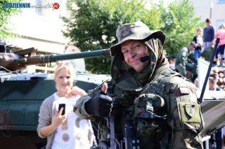 """Piknik militarny, """"Nalot bombowy na Mławę"""" i Manifest Pokoju"""
