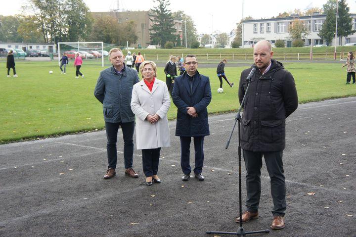 Doczekamy się wreszcie przebudowy stadionu i bazy sportowej przy SP 7