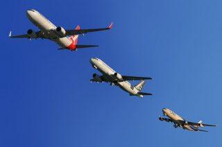Na jednym bilecie na koniec świata? Tajemnice lotów transferowych