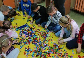 Ćwiczyli wyobraźnię przestrzenną.  Warsztaty edukacyjne EDUKIDO w SP nr 7