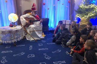 Były bombki i Święty Mikołaj z gitarą