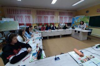Szkoła Podstawowa w Uniszkach Zawadzkich ma nowoczesną pracownię językową