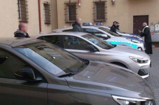 Cztery nowe auta dla mławskiej policji