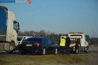 BMW Służby Ochrony Państwa zderzyło się z ciężarówką pod Kuklinem [foto]