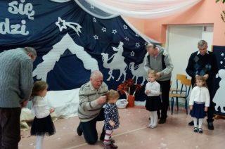 Dzień Babci i Dziadka w przedszkolu w Wieczfni Kościelnej