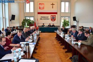 Władze powiatu reagują na plany PKP odnośnie dworca w Mławie