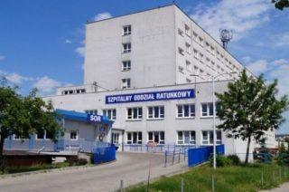 22-latka z podejrzeniem koronawirusa w ciechanowskim szpitalu, chłopiec na obserwacji domowej