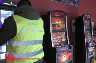 KAS ostrzega przed hazardem i zachęca: zgłoś nielegalny