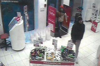 Kradzież w Hebe. Policja publikuje wizerunek podejrzanych