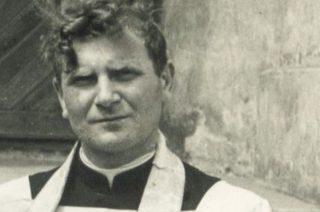 Dziś pogrzeb ks. Henryka Mazurowskiego emerytowanego proboszcza parafii w Radzanowie. Uroczystości będą transmitowane