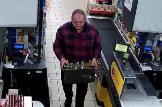 Ukradł alkohol za ponad 700 zł. Przasnyska Policja publikuje zdjęcia