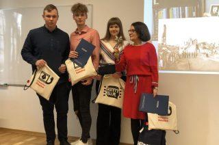 Uczniowie I LO laureatami konkursu filmowego