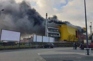 Aktualizacja: Pożar w działdowskiej hucie. Jedna osoba nie żyje