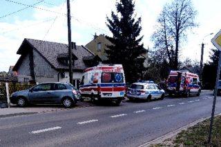 Zderzenie dwóch aut Szydłowie. Dwie osoby w szpitalu